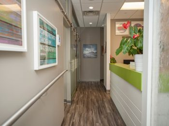 smiles dentistry interior photo 3