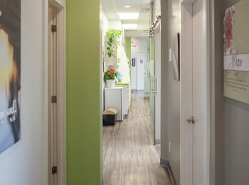 smiles dentistry interior photo 4